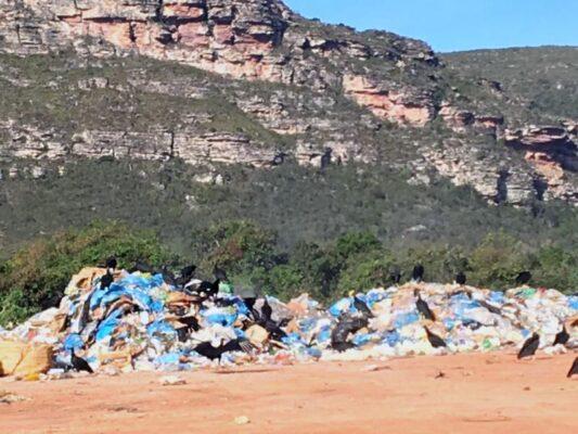 Fotos-do-lixão-em-Mucugê-1